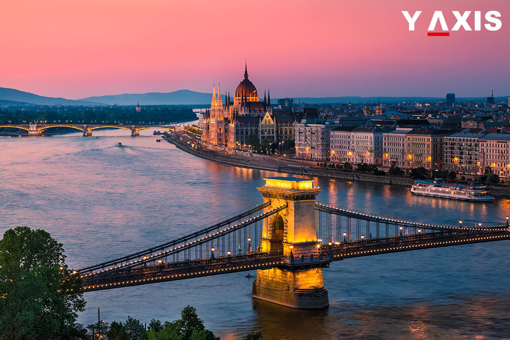 Hungary to grant long-stay visas freely to Ukraine